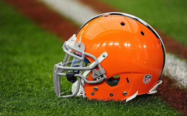 Cleveland Browns Trading First Round Draft Pick