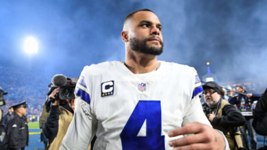 Dak Prescott's Talks With Cowboys Take Odd Turn