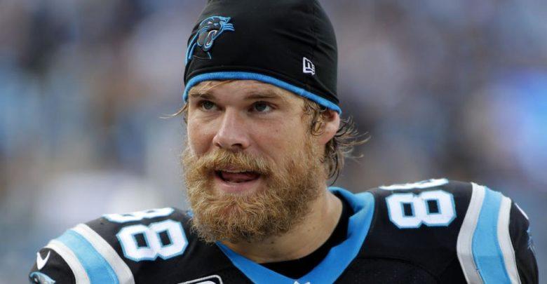 Russell Wilson Responds To Greg Olsen's Seahawks Decision